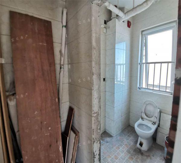 首玺公寓楼 毛坯