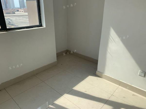 全福元东沿街公寓 简装